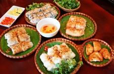 banh-cuon-cha-muc (1)